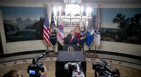 Trump: AS Berlakukan Sanksi 'Kuat' Baru terhadap Iran Setelah Serangan