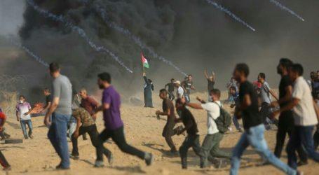 Dengan Batu, Botol, Pemuda Palestina Balas Serangan Pasukan Israel
