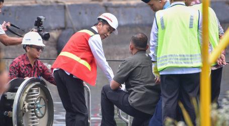 Presiden Jokowi Jajal Kapal Selam Alugoro Buatan Indonesia