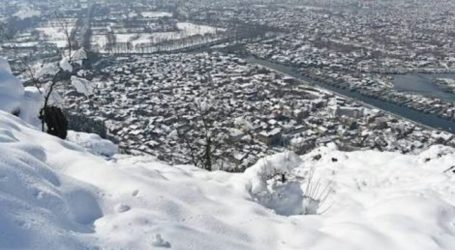 21 Orang Meninggal Akibat Salju Longsor di Kashmir
