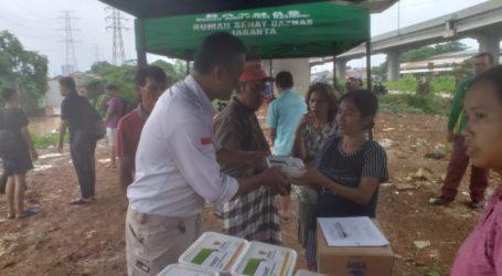 BAZNAS Distribusikan Bantuan Makanan dan Layanan Kesehatan untuk Korban Banjir