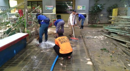 Jama'ah Muslimin (Hizbullah) Bantu Daerah Banjir Bojong Kulur