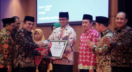 Anies dan Lima Kepala Daerah Lain Terima Penghargaan Kemenag