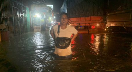 Tanggul Sungai Jebol, Ketanggungan Brebes Banjir Satu Meter