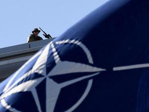 Jenderal Iran Dibunuh AS, NATO Tunda Misi Pelatihannya di Irak