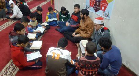 Alumnus Ponpes Al-Fatah Cileungsi Ajarkan Al Quran dan Jadi Imam Shalat di Gaza