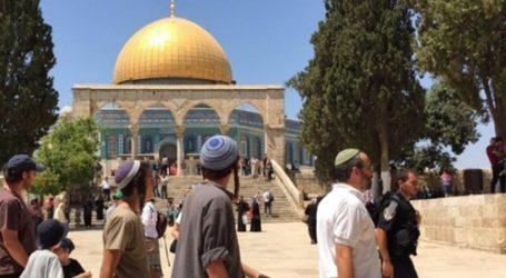 Puluhan Ektrimis Yahudi Serbu Pelataran Al-Aqsa