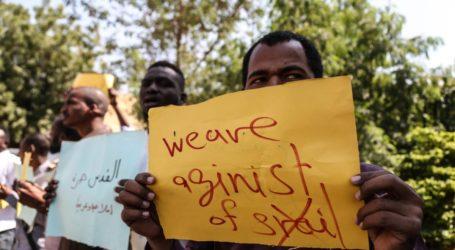 Warga Sudan Protes Pertemuan Pemimpin Sudan dengan PM Israel