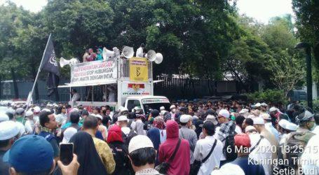 Umat Islam Indonesia Bergerak Bela Muslim India (Oleh: Ali Farkhan Tsani)