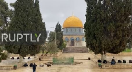 Pengurus dan Penjaga Tetap Shalat di Al-Aqsa