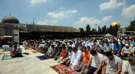Israel Batasi Jumlah Jamaah Sholat Jumat di Al-Aqsa