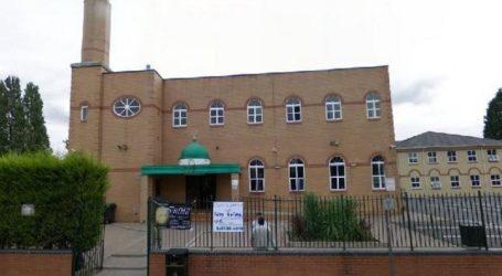 Masjid di Inggris Koordinir Penyaluran Bantuan Sosial
