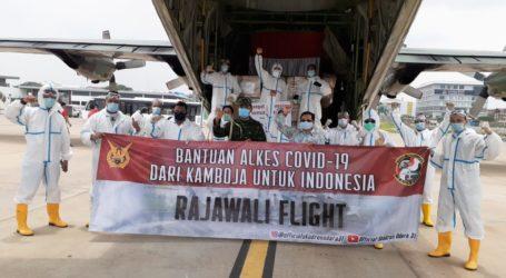 Indonesia Terima Bantuan 12 Ton APD dari Kamboja