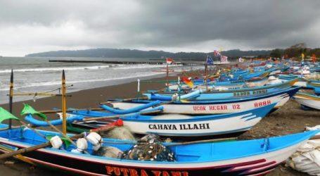 Wabah COVID-19, Nelayan Kecil Cilacap Sulit Jual Hasil Tangkapan