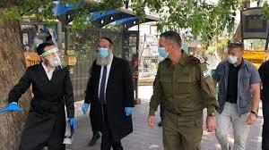 Dikarantina, Pemukim-Pemukim Yahudi Lari dan Curi Peralatan Militer
