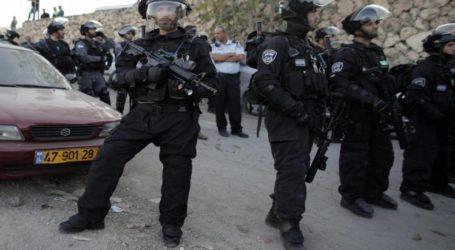 Israel Sita Paket Bantuan untuk Keluarga Miskin Palestina