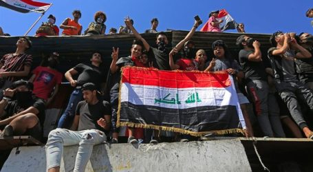 Ratusan Warga Irak Gelar Protes Tuntut Kondisi Lebih Baik