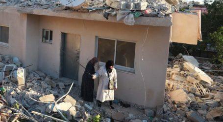 Militer Israel Hancurkan Rumah Keluarga Tersangka Palestina