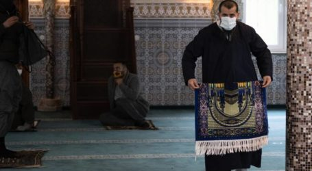 Kementerian Waqaf Gaza : Masjid-Masjid di Jalur Gaza Dibuka Hanya Untuk Shalat Jumat