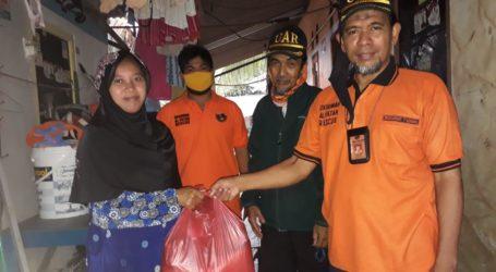 Jama'ah Muslimin Cipondoh dan UAR Korda Jakbar Bagi Sembako