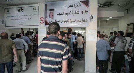 Warga Gaza Terima Bantuan Tunai dari Pemerintah Qatar