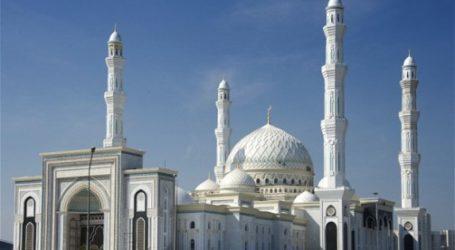 Kazakhstan Akan Buka Kembali Masjid, Hotel dan Restoran