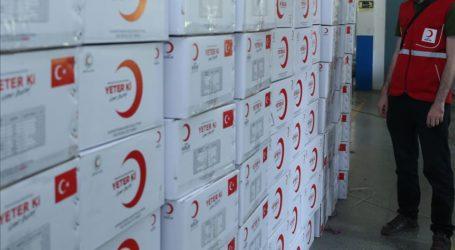 Bulan Sabit Merah Turki Bantu 500 Paket Makanan untuk Aden