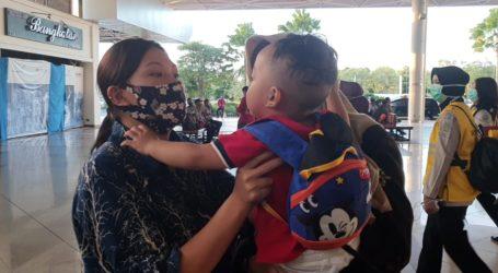 Sepuluh Bulan Ditinggal di Hong Kong, Balita ini Akhirnya Bertemu Ibunya