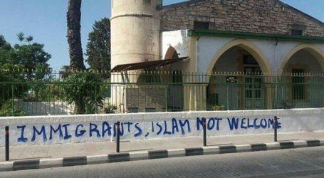 Masjid di Siprus Yunani Dilempar Tiga Bom Molotov