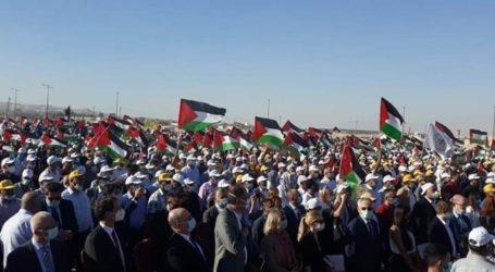 Diplomat-Diplomat Asing Ikut Aksi Protes Tolak Aneksasi Tepi Barat