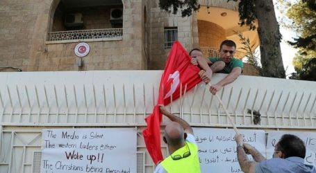 Turki Kecam Pembakaran Bendera Negaranya di Yerusalem