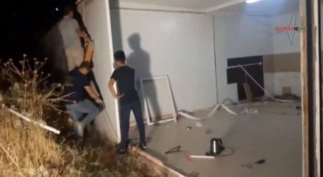 Israel Paksa Seorang Warga Yerusalem Robohkan Rumahnya Sendiri