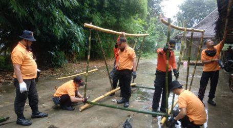 UAR Al-Fatah-ABM Berlatih Membuat Hunian Sementara dari Bambu