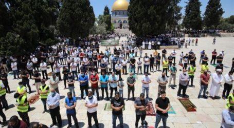 20 Ribu Warga Shalat Jumat di Masjid Al-Aqsa