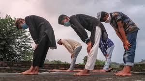 Muslim Kashmir Shalat Idul Adha Sabtu di Rumah-Rumah