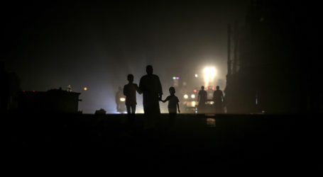 Selamat Datang di Kota Gelap (Oleh: Ruwaeda Amer, Gaza)
