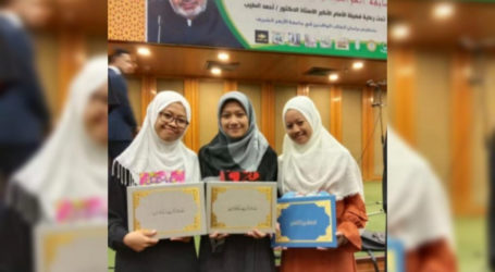 Dua Mahasantri Putri Indonesia Juara I Lomba Prestasi dan Kreativitas Al-Azhar Cairo