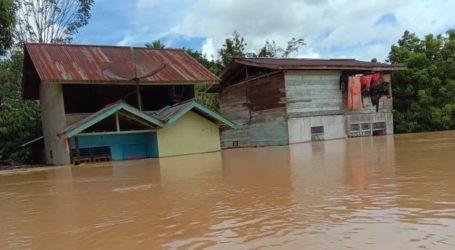 Lima Sungai Meluap Sebabkan Banjir di Kabupaten Landak, Kalbar
