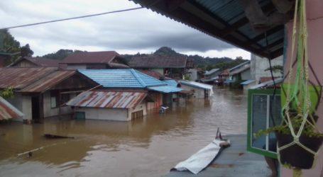 Banjir Kembali Rendam 1.469 Bangunan di Melawi, Kalbar