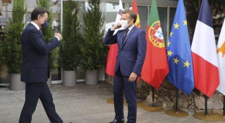 Presiden Macron: Negara-Negara Mediterania Siap Berdialog dengan Turki