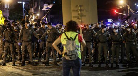 Puluhan Ribu Orang Israel Tuntut Netanyahu Mundur