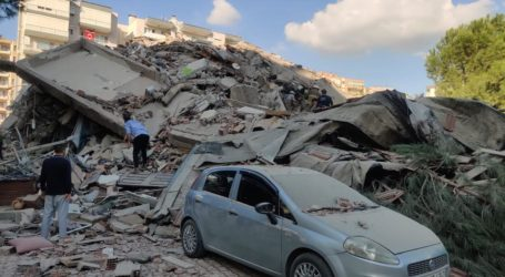 Gempa Kuat Rusak Turki dan Yunani