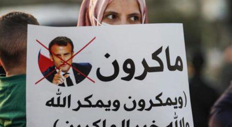 Ratusan Warga Palestina Protes Macron