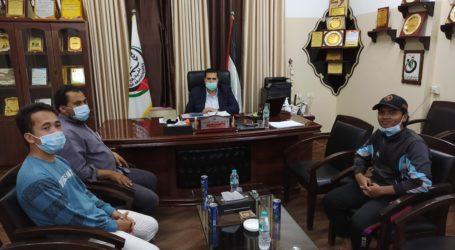 Wali Kota Rafah Sampaikan Terimakasih kepada Jama'ah Muslimin atas Wakaf Pohon Zaitun