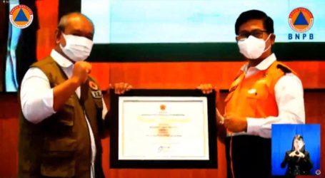 BAZNAS Raih Penghargaan Lembaga Pengurang Risiko Bencana dari BNPB