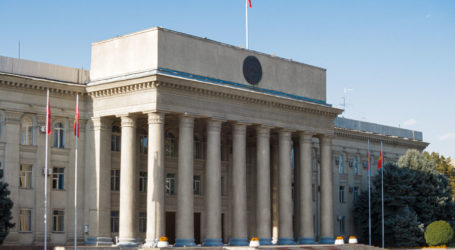Kirgistan Tetapkan Pemilihan Presiden Lebih Awal 10 Januari 2021