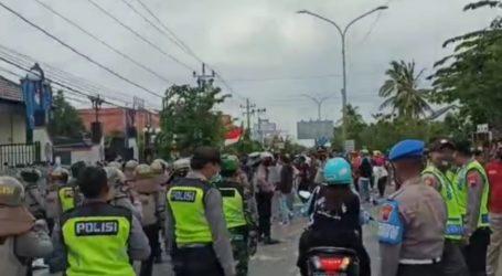 Demo Buruh di Brebes Tiga Gelombang, Terakhir Ricuh