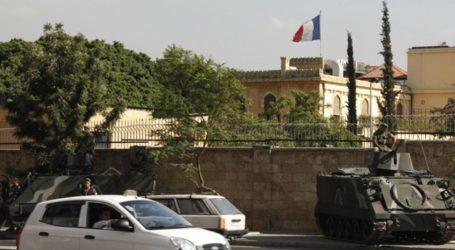 Puluhan Pengunjuk Rasa Lebanon Protes di Kedutaan Prancis