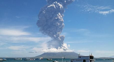 AWG NTT Buka Posko Peduli KorbanLetusan Gunung Ile Lewotolok