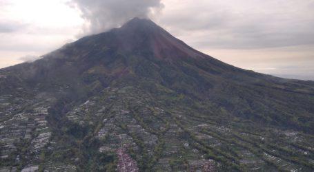 Pantau Gunung Merapi dari Udara, BPBD DIY Temukan Banyak Longsoran Baru